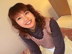 初AV体験?アイドル系の顔した美少女をハメ撮り
