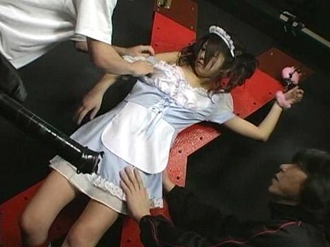 喫茶店の地下室でバイトの面接と称して女子校生を拉致監禁してセックスを強要 Vol.1 無修正画像01